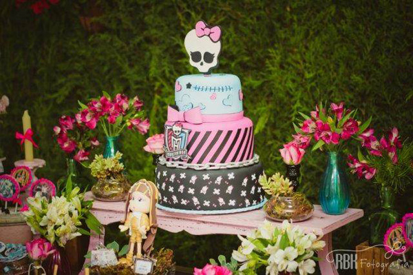 decoracao_festa_monster_high_kukla_atelier_de_festa13