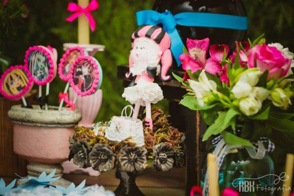 decoracao_festa_monster_high_kukla_atelier_de_festa16